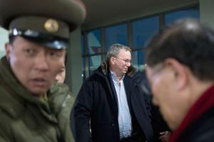 Eric Schmidt Arrives in Pyongyang North Korea